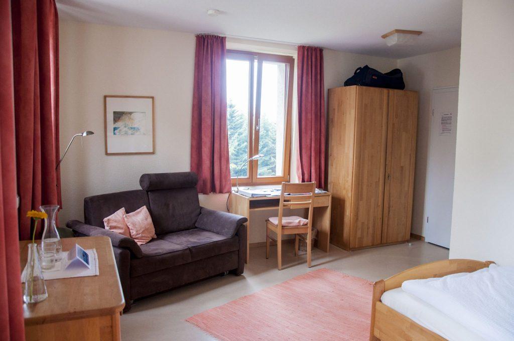 Zimmer024